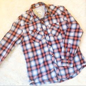 Men's American Eagle casual button up top, sz med
